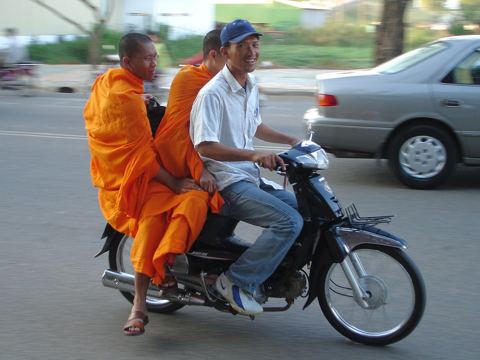 motocycle- cambodia- phonm pen