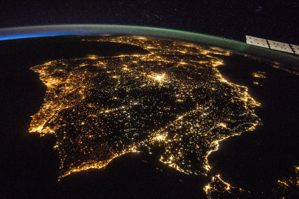 spain-iberian-peninsula-europe-from-space-at-night-nasa