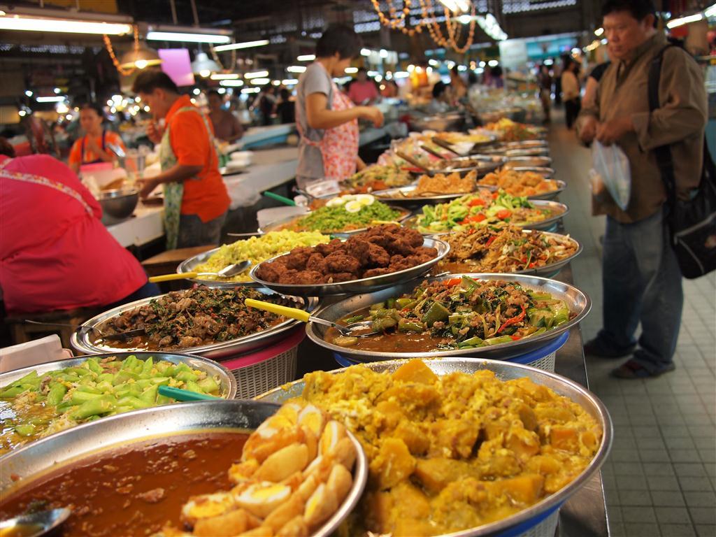 Food-in-Thailand-Market
