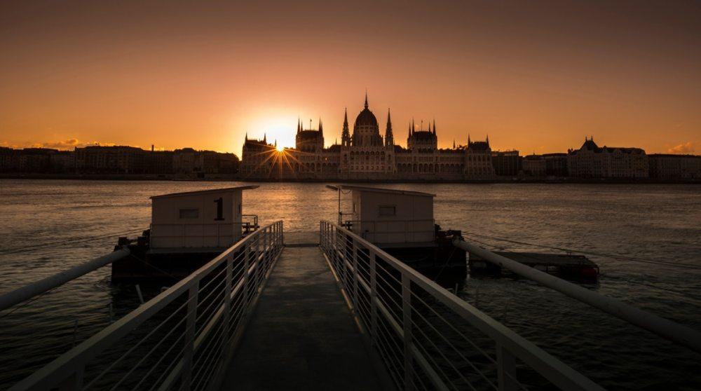 Danub budapest visitandgo