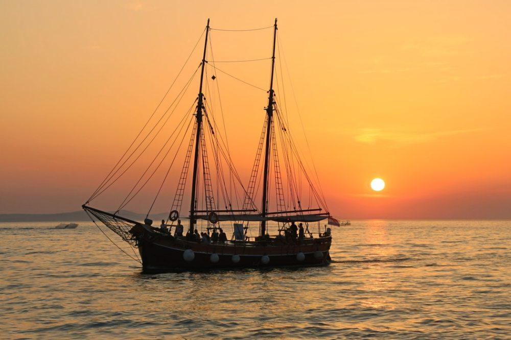 sunset cruise visitandgo